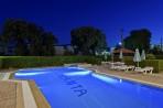 Trianta Hotel foto 7