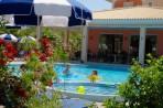 Dinos Hotel foto 20