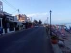 Pláž Benitses - ostrov Korfu foto 15