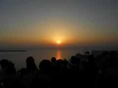 Západ slunce v městečku Oia