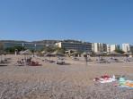 Pláž v letovisku Faliraki